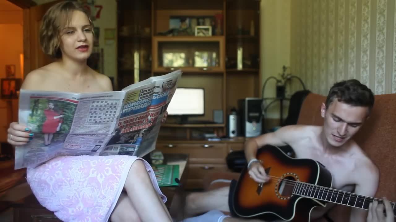 Фото голой девушки трансаэро