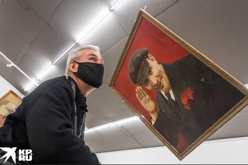 Ленин-чебурашка: к 150-летию вождя открыли выставку в Москве