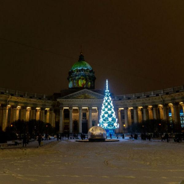 Как украсили Санкт-Петербург к Новому году