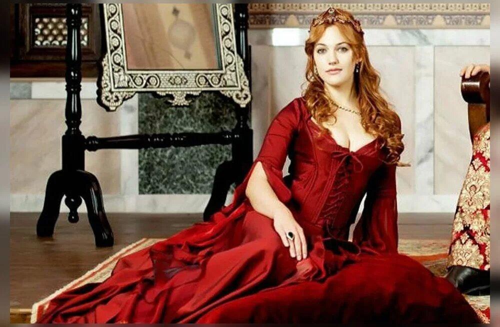 В третьем сезоне мистического сериала «Тьма» сыграет звезда «Великолепного века» Мерьем Узерли