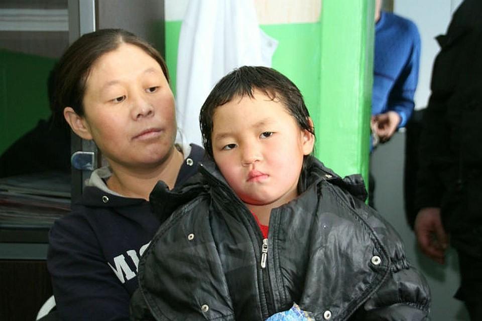 Малышка и мальчик с огромным членом фото 117-932