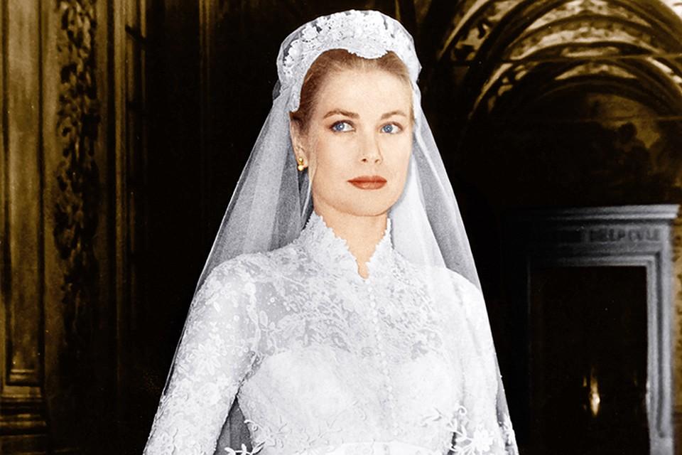 caa507f8617483e Модные свадебные платья 2017 года: 10 самых культовых нарядов звезд