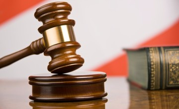 В Кузбассе осудили студента, убившего гвоздодером родителей друга