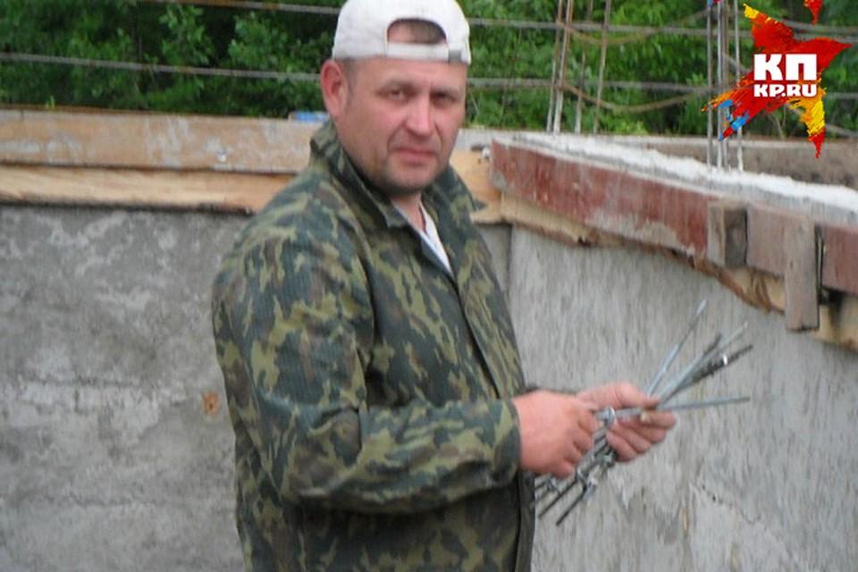 Мурашов зарабатывал на жизнь ремонтами