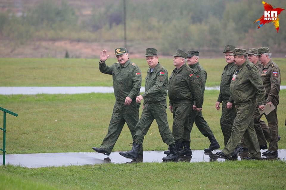 На учения приехал президент Беларуси Александр Лукашенко.