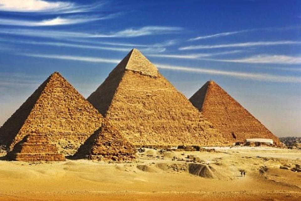 Люди пытаются раскрыть тайну строительства пирамид более 2 тысяч лет..