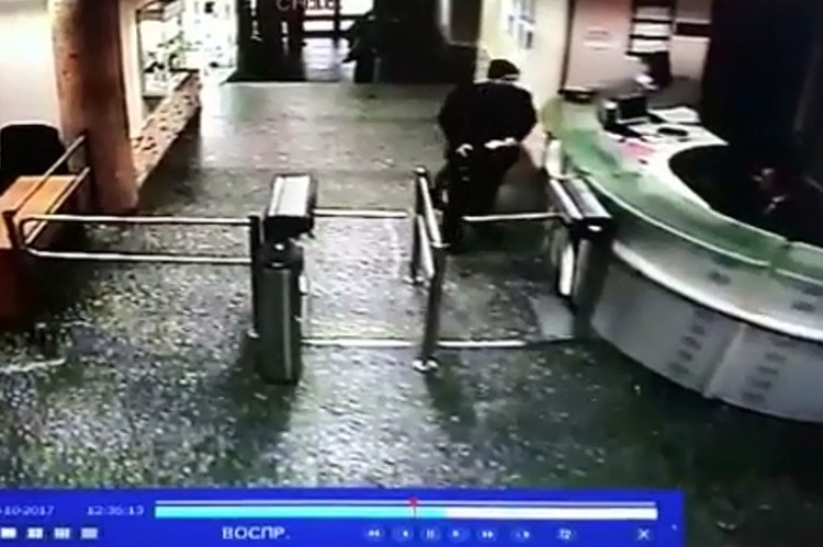 Напавшего на Татьяну Фельгенгауэр мужчину с ножом сняла камера наблюдения