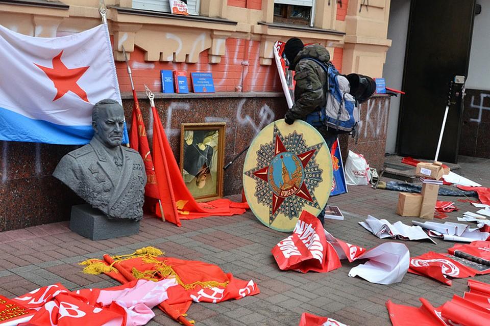 Что в бывших республиках СССР вбивают в головы детям о нашем общем прошлом?