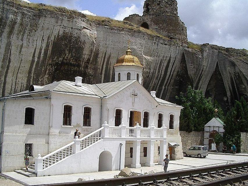 как владею уникальный пещерный монастырь фото аренде