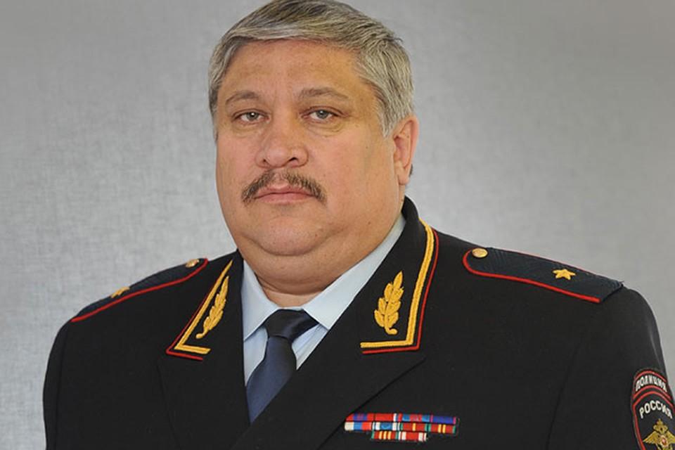 Следователь не пропустил в лифт начальника МВД Московской области Виктора Паукова