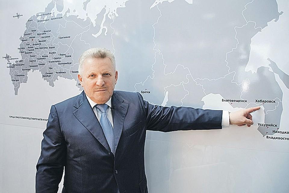 Губернатор Вячеслав Шпорт.