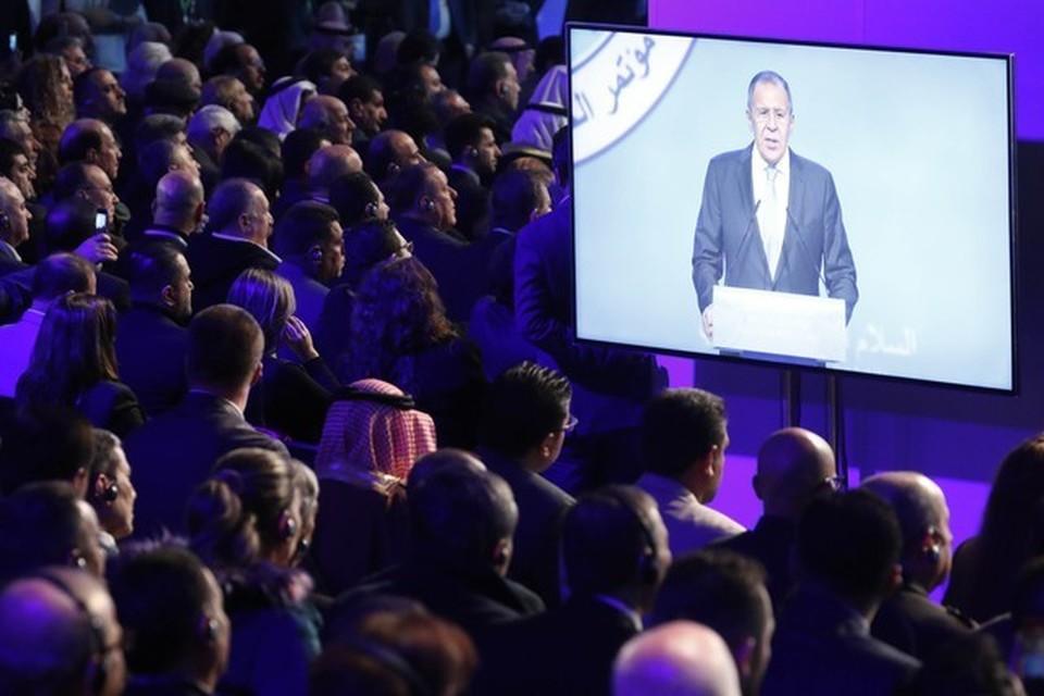 Конгресс сирийского национального диалога (КСНД) в Сочи проходит по инициативе России и при участии стран-гарантов – Ирана и Турции