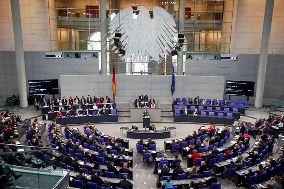 В Германии посоветовал послу Украины в ФРГ поучиться дипломатии