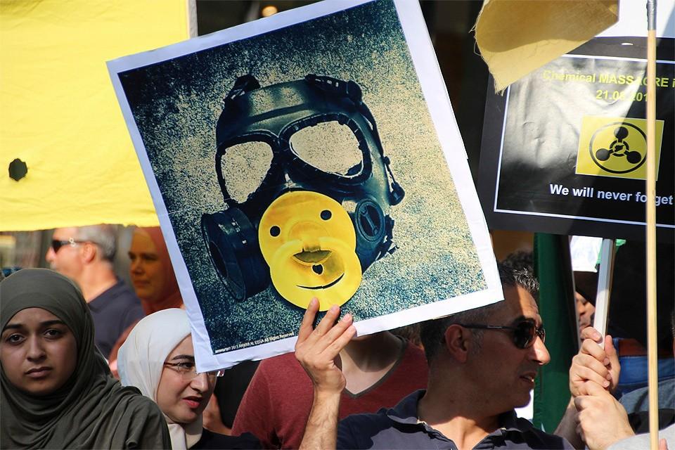Гамбург, Германия. Митинг против применения химического оружия в Сирии.