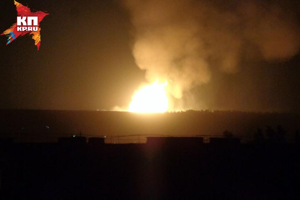 ЧП на газопроводе в Нижегородской области: в небо поднялся 15-метровый огненный столб. Фото: Саша Молл