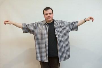 Мужчина, которого травили в школе, сбросил 50 килограммов