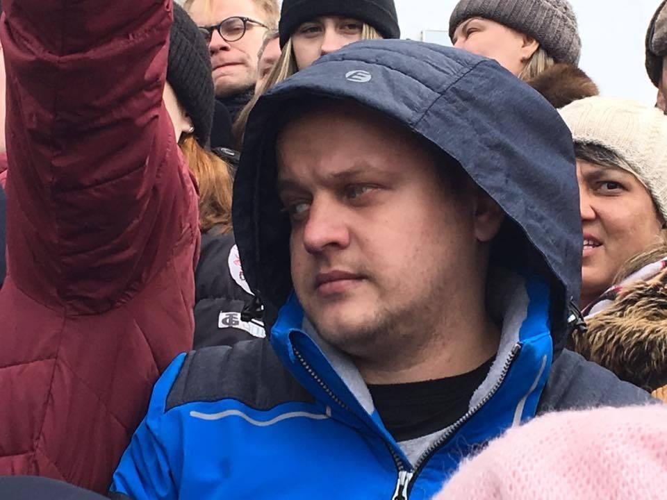 """Игорь Востриков, потерявший всю семью в пожаре в """"Зимней вишне"""""""