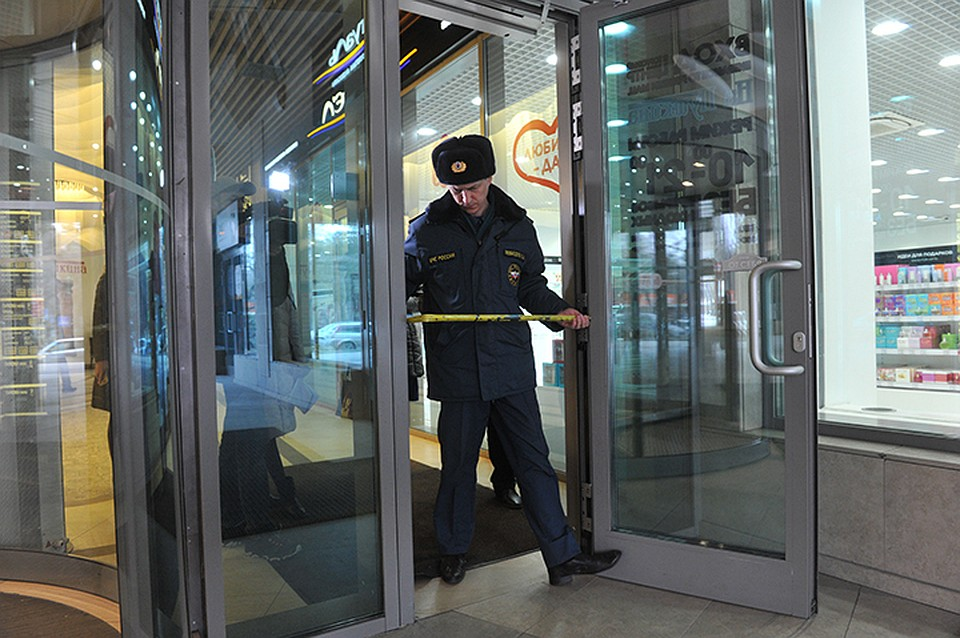 Проверки пожарной безопасности в торговых центрах Хабаровска ... b1dc52ad871