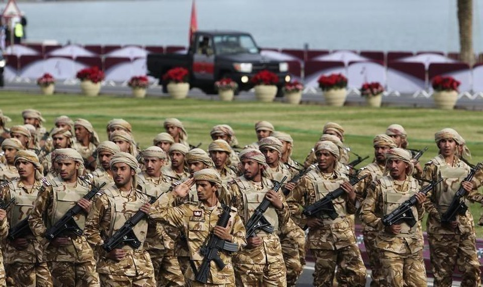 Катарские военнослужащие на параде в Дохе