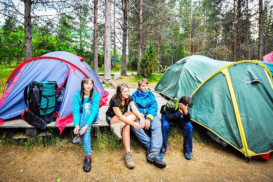 Скрытая камера в детском лагере отдыха