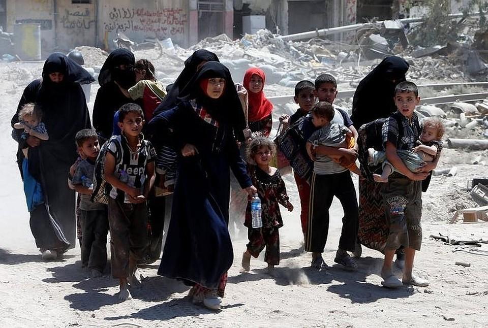 СМИ: Иракский суд приговорил к пожизненному заключению 19 россиянок, связанных с ИГ*