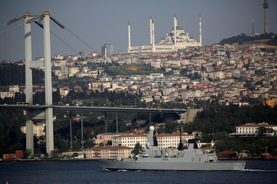 В Эгейском море турецкое судно попыталось протаранить греческий корабль
