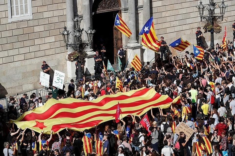 Каталония вышла из под прямого управления Мадрида, вновь обретя правительство