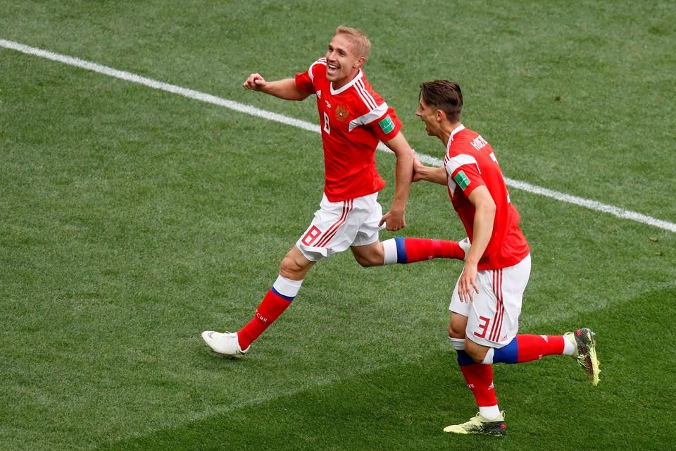 Юрий Газинский забил первый гол чемпионата мира по футболу.