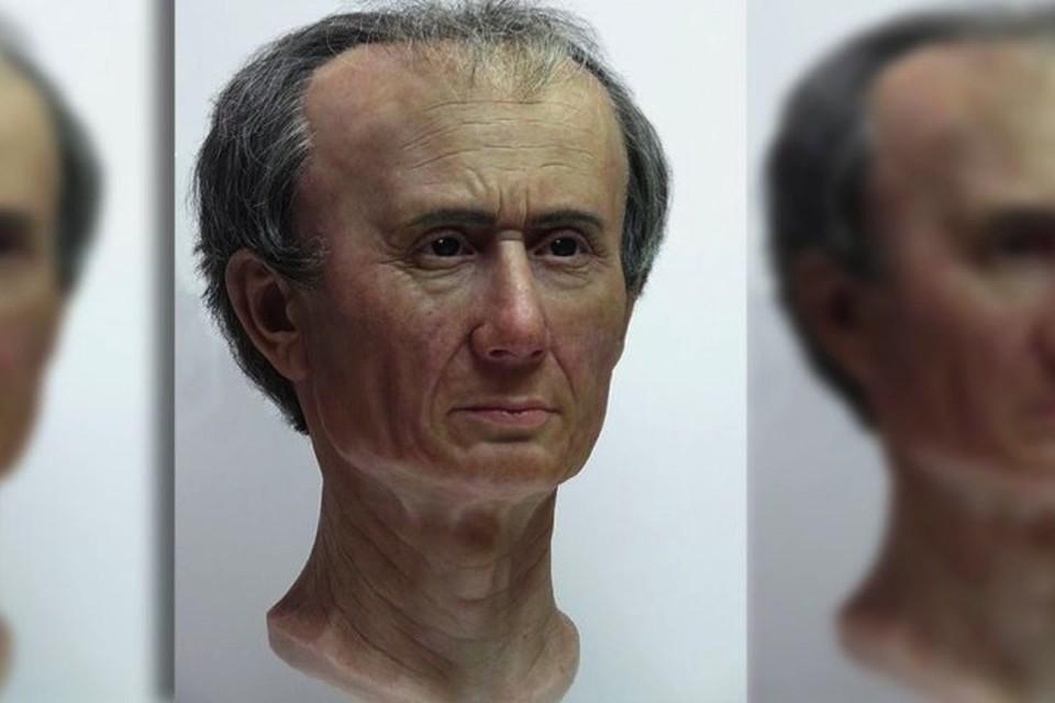 Голова Юлия Цезаря не отличалась правильной формой.