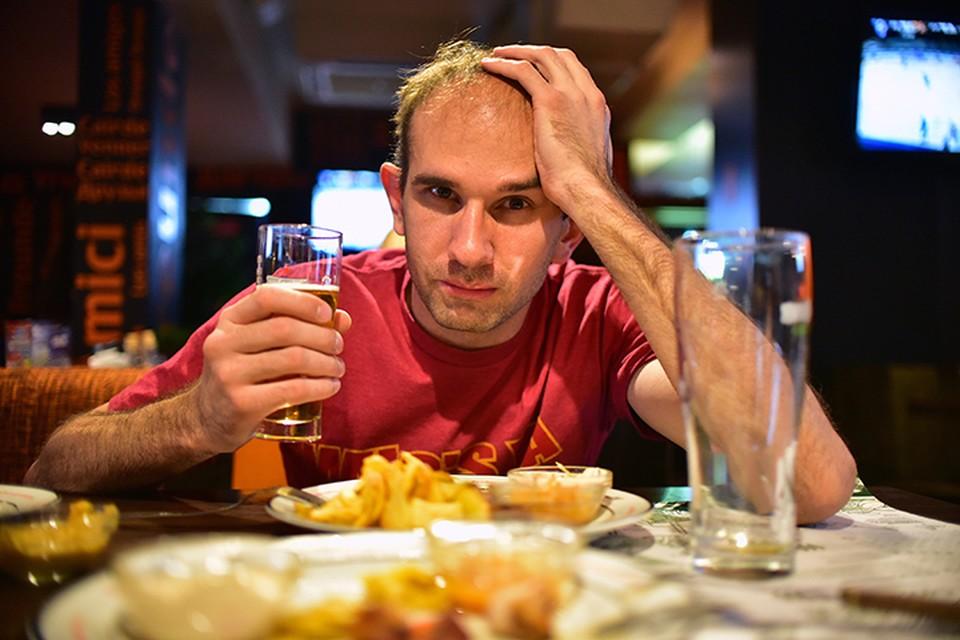 По мнению Геннадия Онищенко, производители пива наживаются на здоровье людей