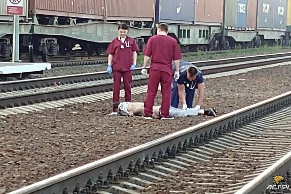 30 01 2012 понедельник вечер происшествие девушка попала под покезд