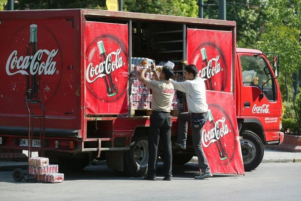 Банки для кока-колы делаются из алюминия, цены на который в США теперь вырастут