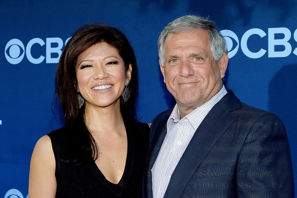 Исполнительный директор телекомпании CBS Лесли Мунвс и его жена Джули Чен