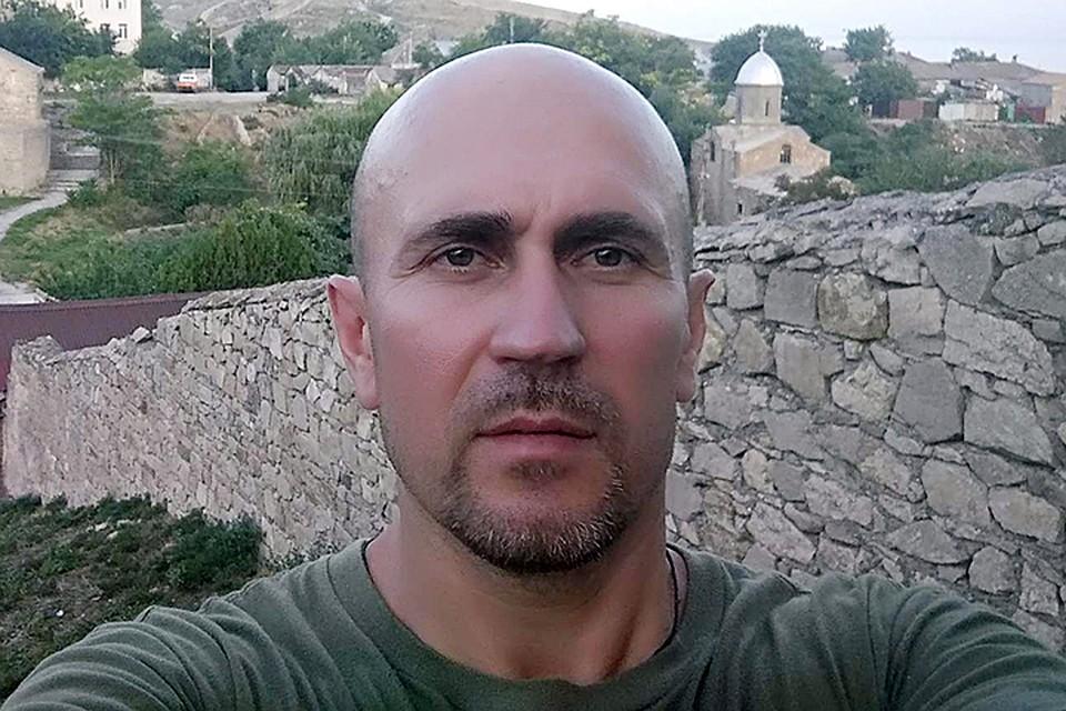 Дмитрий Худаков устроил бойню в подъезде жилого дома