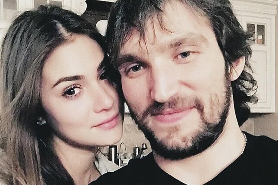 Хоккеист Александр Овечкин и модель Анастасия Шубская стали родителями 18 августа. Фото: Инстаграм.