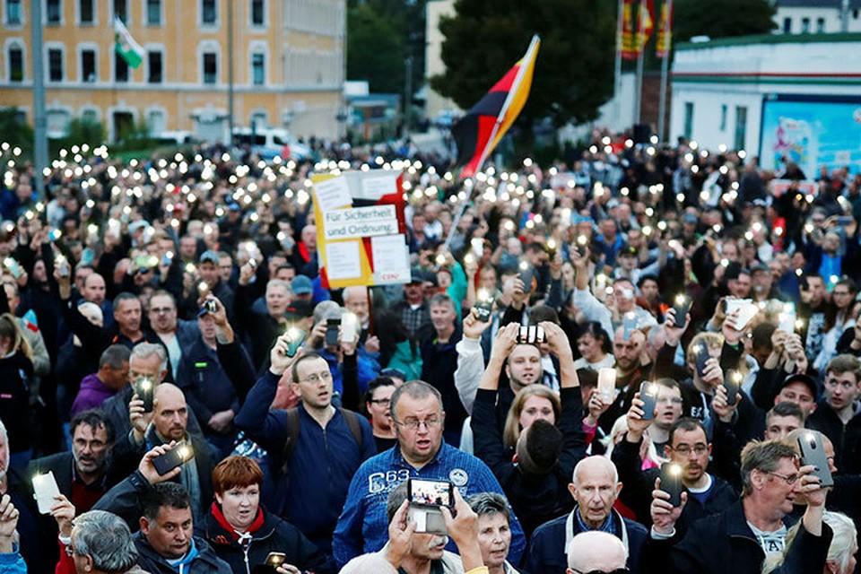 Ожидается, что к вечеру субботы, 1 сентября, в 250-тысячный город съедутся демонстранты-патриоты со всей Германии, а также из соседних Чехии и Австрии.