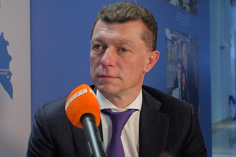 В частности, снимаются ограничения на работы на воздушном, морском, речном и железнодорожном транспорте, — сказал министр труда Максим Топилин