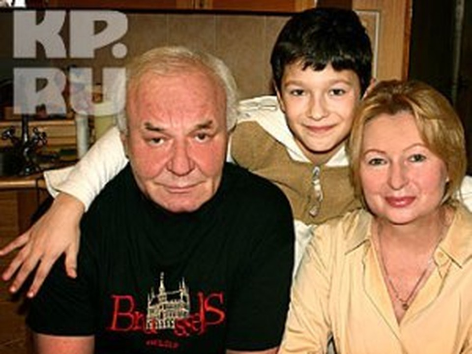 Леонид Неведомский юбилей отпразднует с семьей и коллегами.