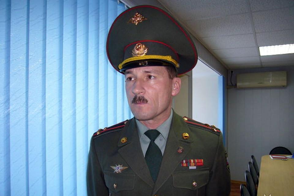 Александр Боржко в 2001 году командовал батальоном курсантов-выпускников Дальневосточного высшего общекомандного училища