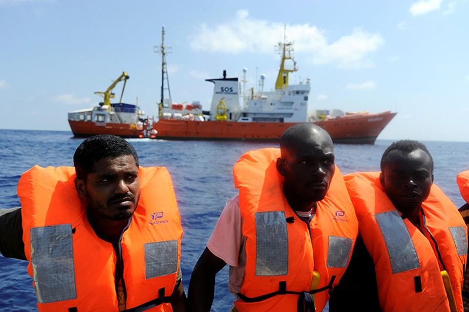 Всего на борту было 20 женщин и три ребенка