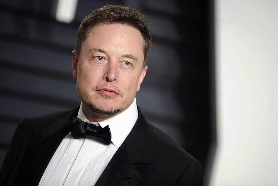 07:48Основатель Tesla придумал новое название для биржевого регулятора США после штрафа