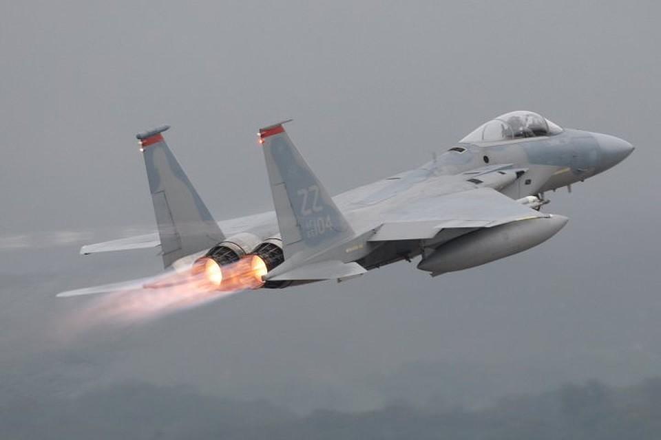 13:41Коалиция США вновь применила фосфорные бомбы в Сирии