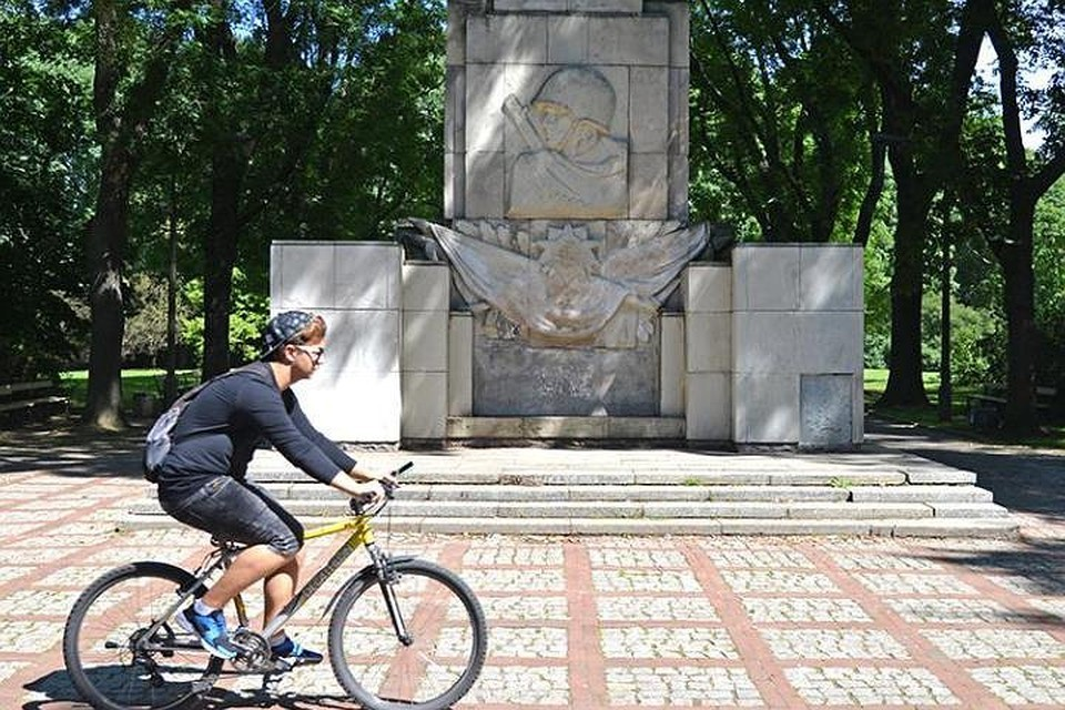 Памятник Благодарности Красной армии. Фото: Алексей Панциков/ТАСС