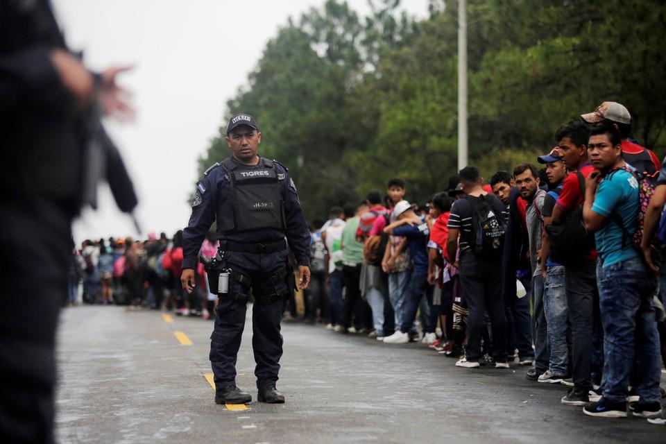 Мигранты из Гондураса надеются через Гватемалу и Мексику попасть в США