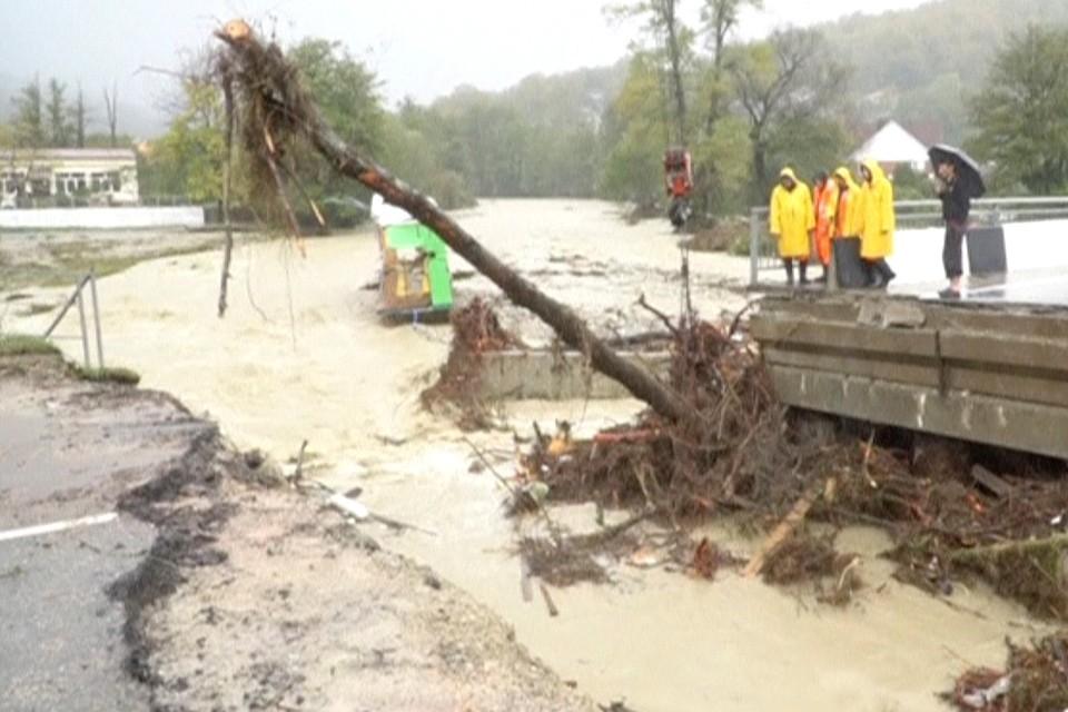 Последствия сильного наводнения в Краснодарском крае.