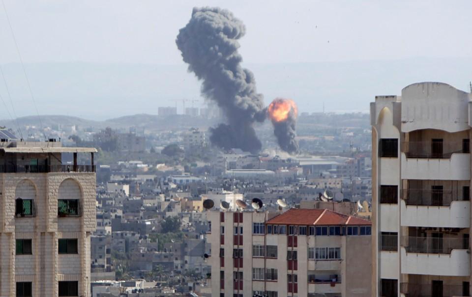 Израиль ударил по сектору Газа в ответ на ночные обстрелы