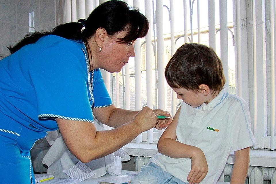 Россияне все чаще отказываются от прививок