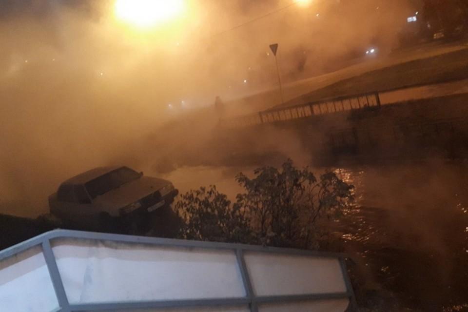 Температура воды была около 60 градусов. Фото: Анастасия Власова/Инцидент.Екатеринбург, vk.com