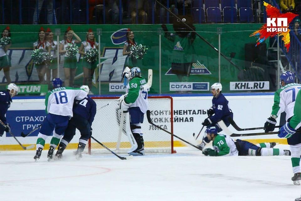 Игрок хоккейного клуба Словакии скончался после встречи