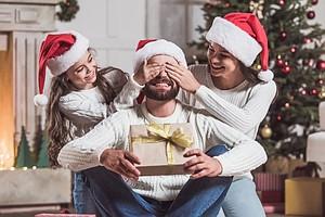 3e869b4db18b Что подарить родным и близким на Новый год 2019